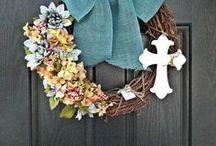 Wreaths & Crosses / by Belinda Lindsey