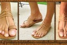 Buffalo Toeloop Hippie Sandal / Hand Made Ancient Buffalo Toe loop Sandal -Unisex- Tribal Impressions- Review off of: http://www.indianvillagemall.com/buffalosandal.html / by Tribal Impressions