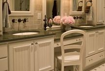Bathrooms {Home Inspiration} / by Melissa Reich