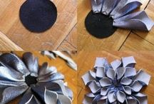 Flowers / DIY's on how to make flower accessories.