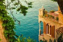 Across the Narrow Sea / Fashions for Astapor, Lys, Meereen, Pentos, Qarth, Tyrosh and Yunki.