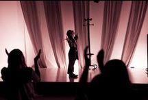 MIRA QUIÉN CANTA / 'Mira Quién Canta', la segunda edición del Festival Interpretativo que realizan los cursos de Grado en Artes Escénicas, Estudios Superiores en Arte Dramático y Máster en Actuación Cinematográfica junto con alumnos de Cinematografía, Fotografía y Escenografía.