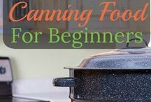 Homesteading Ideas & Self-Sufficient Living / Ideas and tips on DIY homesteading skills. Frugal and self sufficient living blogs are also included.