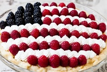 Happy 4th of July! / The best 4th of July recipes, decorations, DIYs and more.