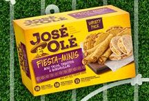 Game Day Ideas / Have you bought your JOSÉ OLÉ® snacks for your game day party? We love these fun ideas to create a festive party.