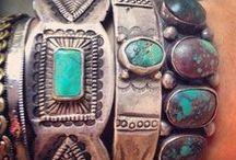 Bijoux et Accessoires / Bagues, colliers, bracelets,... sources d'inspiration ou juste envie de les porter!