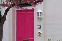 Front Doors & Entryways / by Darlene Perry