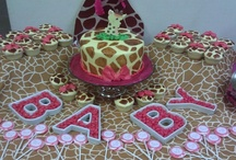 Giggling Girl Giraffe Baby Shower  / It was exciting for us at Out of the Boxx Events to pair fuschia pink and giraffe print together for this cute baby shower for baby Brooklynn.