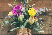 : Flower Play : / Flowers, leaves, sprigs and pretties...