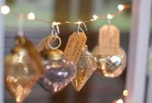 : Christmas Wedding : / Imagine a wedding lit by the twinkly lights of a Christmas tree...