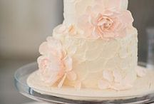 Cakes - Buttercream  / by Natoya Ridgeway