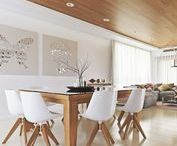 White & Wood Dining Rooms / It's your dream to have the perfect white & wood dining room? Here you will find the best ideas to transform your dining room in a white and wooden dream! Follow us!