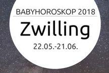 Baby-Horoskop 2018 / Wollen kleine Widder wirklich mit dem Kopf durch die Wand? Und sind Zwilling-Babys kommunikativ und neugierig? Hier findest Du die wichtigsten Charaktereigenschaften für das Sternzeichen Deines Babys und Infos, was ihm ganz besonders gut tut. Und Du erfährst, was 2018 für Dein Baby bringt!