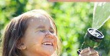 Sommer im Garten // Gartenparty / Der Sommer ist da, also ab in den Garten! Grillen, spielen, planschen und feiern machen jetzt am meisten Spaß. Bei uns findest du tolle Tipps für die Gartenparty und weitere ereignisreiche Sommertage mit der ganzen Familie.