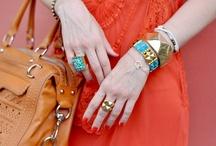 accessories / by Delphine P