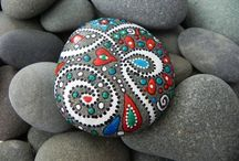 DIY : Painted rocks