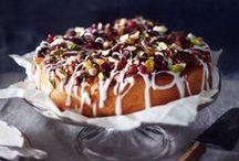 Joulukakut / Christmas Cakes / Näyttävä ja herkullinen joulukakku kruunaa juhla-aterian.  Delicious and beautiful cakes for christmas.