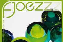 Fjoezzz | kwartaal magazine / Fjoezzz, is een kwartaal magazine van de Vereniging van Vrienden van Modern Glas.  Fjoezzz, is a glass-magazine from 'Vereniging van Vrienden van Modern Glas' - a dutch glass art society.