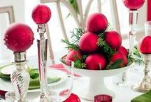 Christmas Centerpieces / Top your table with a quick, easy and festive Christmas centerpiece. More Midwest Living ideas: http://www.midwestliving.com/homes/seasonal-decorating/easy-christmas-centerpiece-ideas/