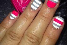 Nails/Toenails / by Madison Shropshire