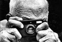 Photographs Francais celebres / Henri Cartier-Bresson, Robert Doisneau, Bernard Plossu