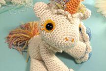 Spin me a yarn toy / Crochet patterns