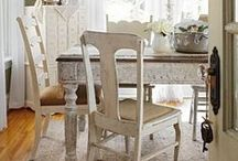 Dining Room Decorating / Get tips and ideas for dining room decorating, whether your style is farmhouse, modern, retro, casual, traditional or something in-between.