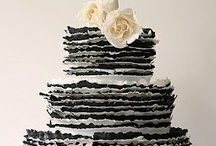 BLACK AND WHITE Weddings / A Black and white #wedding theme can be so stunning. For more information and inspiration drop by my Facebook Page www.facebook.com/FIND.IT.For.Wedings or website www.finditforweddings.com