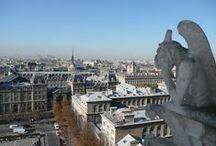 """MINI PAQUETE PARÍS  / Incluye llegada a París y traslado al hotel. Con visita panorámica para introducirnos en la """"Ciudad de la Luz"""". Por la noche podrás disfrutar del bohemio barrio de Montmartre... ¿te animas a ser retratado por alguno de sus numerosos artistas?"""