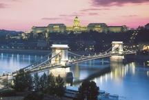 TOUR BERLIN,PRAGA,BUDAPEST,VIENA / Con este tour de 9 días conocerás lugares de impresión. Podríamos hablar horas de cada una de ellas y no lograríamos captar toda su belleza por lo que gracias a las fotos de nuestros amigos viajeros podremos hacernos una idea de lo que nos espera cuando viajemos allí.  No son sólo estas ciudades principales, podremos disfrutar de Dresde, Lednice, Gyor, Bratislava...¡Ven a conocerlas con nosotros!