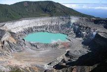 TOUR NOVEDAD: COSTA RICA / ¡Pura Vida! Descubre este circuito de itinerarios únicos y exclusivos que incluyen volcanes,rafting,arqueología,chocolate,tirolesas,bosques,termas, playas,cocodrilos,ballenas...Empieza a hacerte una idea con las fotos que te compartimos. Y tú, ¿quieres disfrutar de esta pureza? ¡Ven!