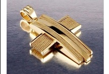 Crosses Yellow Gold 18-k / Cross yellow Gold 18-k Stones: Diamonds Made in Greece, Parthenon Greek Jewelry www.parthenon-greekjewelry.com