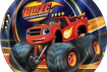 Blaze and the Monster Machines Party! / Great for Blaze fans! Lots of party items!