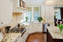 Kitchens / by Jamie Barney