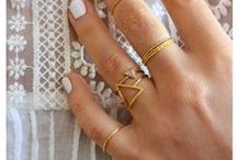 Jewelry Lovelies>>Stacked / by Bonnie Poore