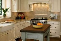 Kitchen Inspiration / Great Kitchen Ideas, DIYs and Remodels to Inspire!