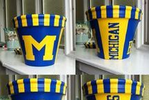 Home Decor / Collegiate home decor must haves for the ultimate fan! / by College Colors