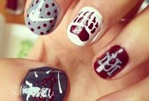 Game Day Glamour / Hair, cosmetics, and nail inspiration for game day! / by College Colors
