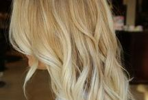 Clip In Hair Extensions / Add volume or length to your existing hair by using quality, full head clip in hair extension sets to give you the look you want to achieve with real human hair, designed to suit your hair.  Straighten or curl these durable hair extensions to achieve the look and style you are seeking. These easy to care for extensions are available in a wide range of colours and lengths and are quick to clip in, as they come with clips already attached.  Just in 5 minutes, you will have the hair you wanted