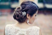 Bridal Inspiration / Inspiration for brides - gorgeous dresses, hairstyles, accessories and cute ideas!