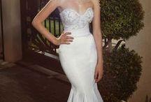 Wedding dresses (long) / by Elle Dimitrova