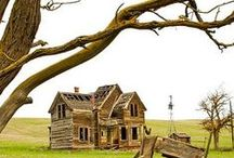 Abandoned / I love old abandoned buildings & imagining what they could be or once were!