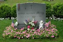 Kennedy Grave Sites / Bouvier, Beale, Kennedy, Onassis, etc. grave sites. www.pinkpillbox.com