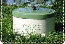 Cake Pans / by Jane & Jerry Ratliff