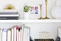Bookshelf Decoration / Want to style the perfect bookshelf? You're in the right place babe!