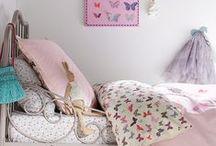 Kids/Baby Rooms / by Lisa Margaret