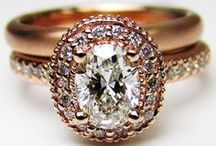 Engagement Rings / by Analisa Luning