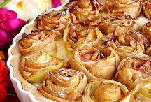 With Apple / Cakes with Apples