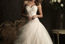 Wedding Dresses / Wedding dresses and styles I love!