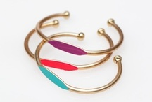 Bracelet love / by Aisha Zahir